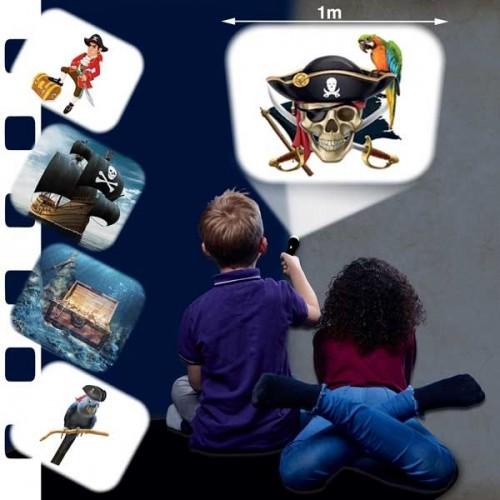 Lanterna e projector - Piratas